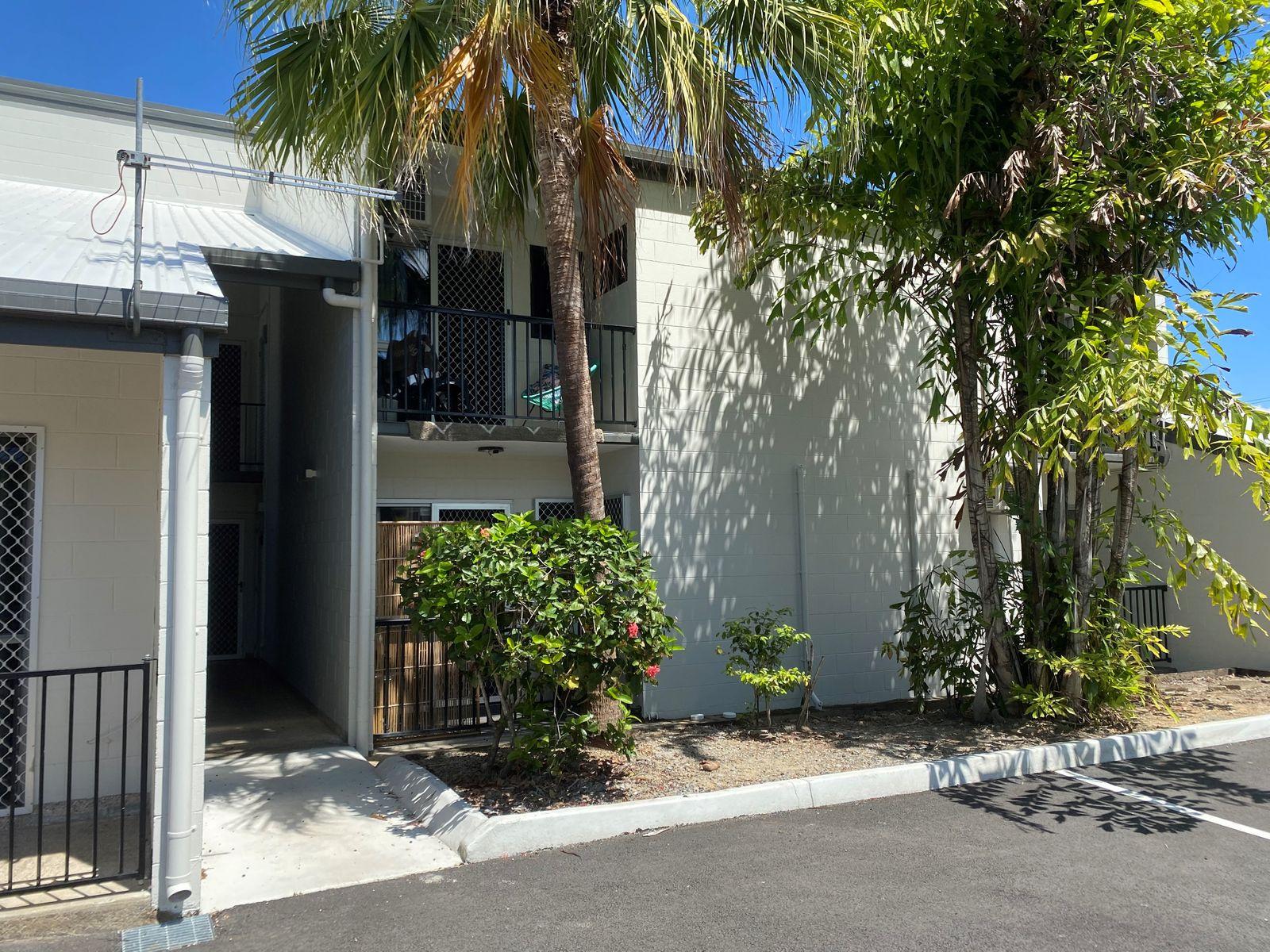 2/58 Woodward Street, Edge Hill, QLD 4870