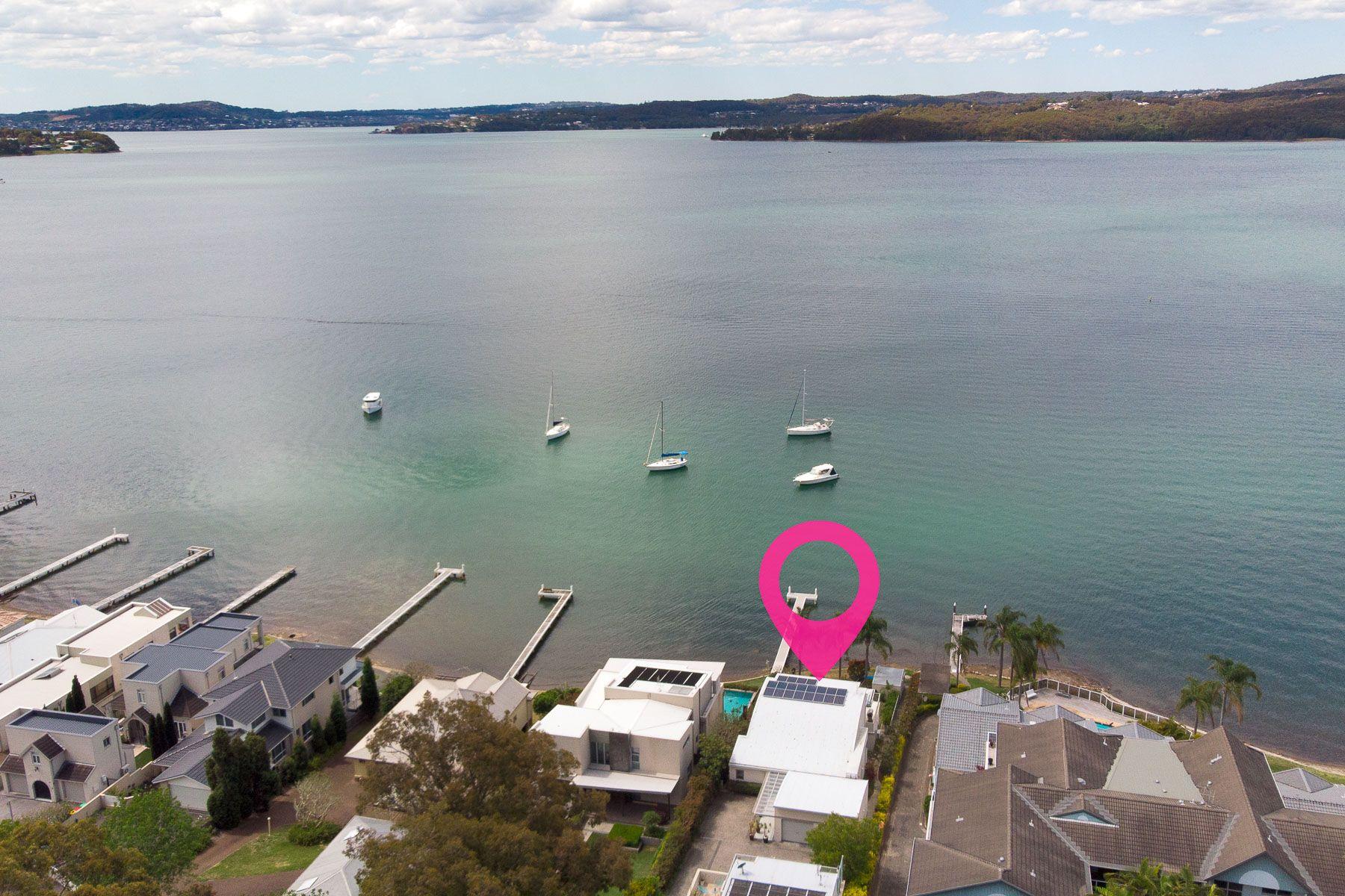 25 Excelsior Parade, Carey Bay, NSW 2283