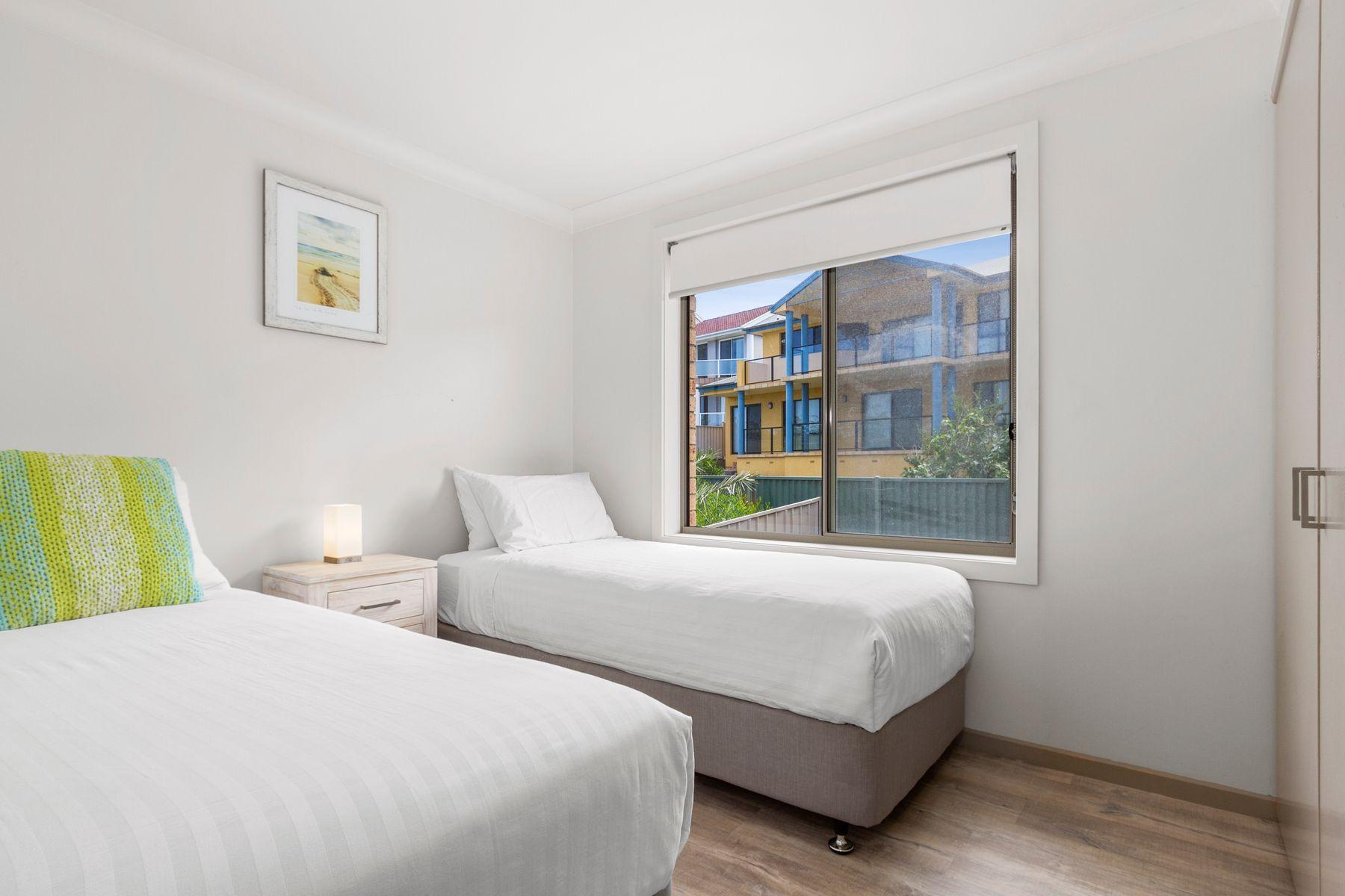 553 George Bass Drive, Malua Bay, NSW 2536