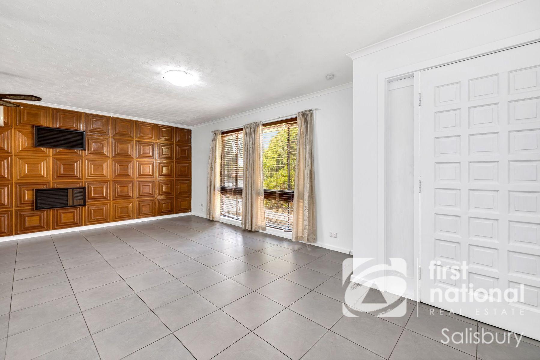 31 Teasdale Crescent, Parafield Gardens, SA 5107