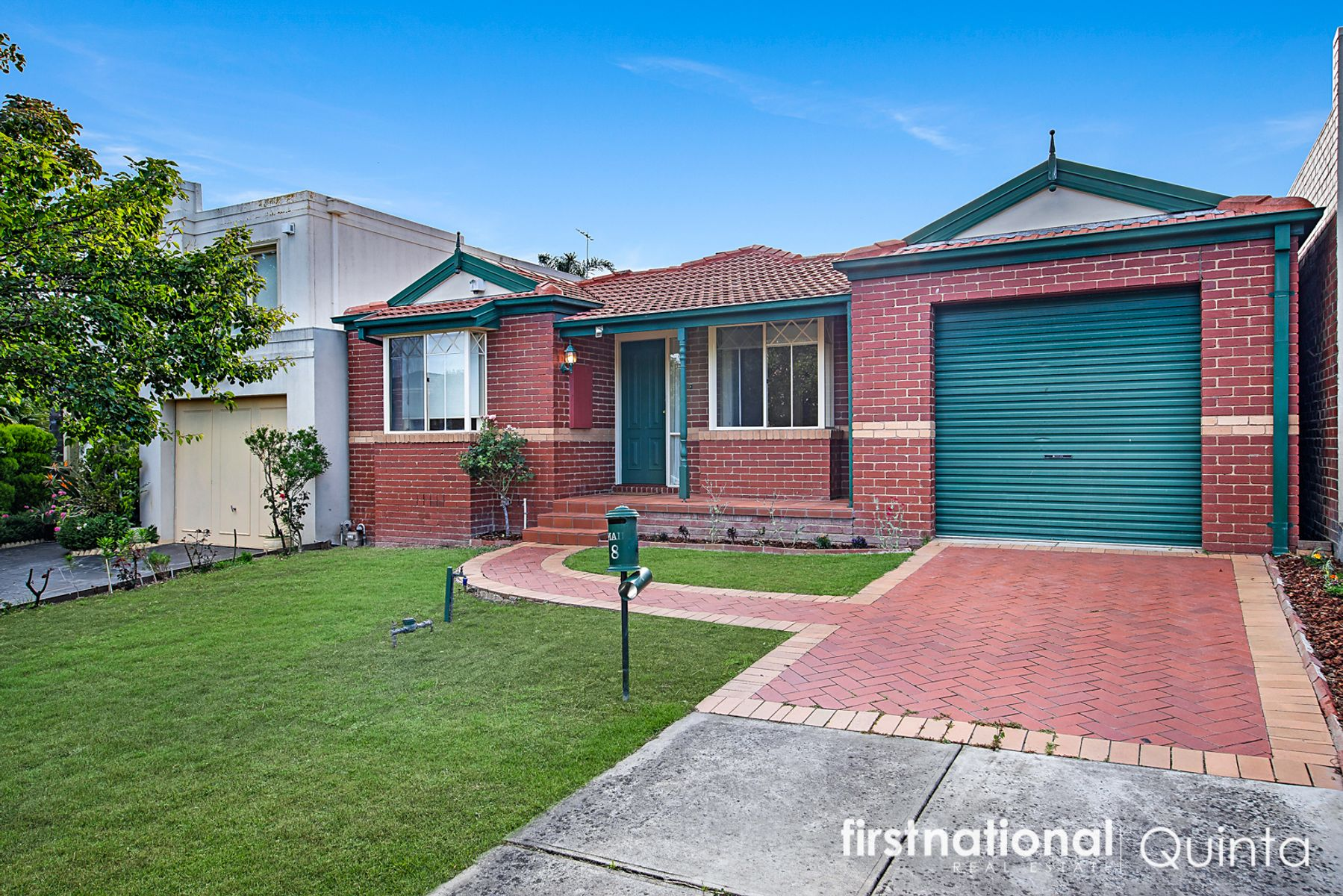 8 Henley Avenue, Vermont South, VIC 3133