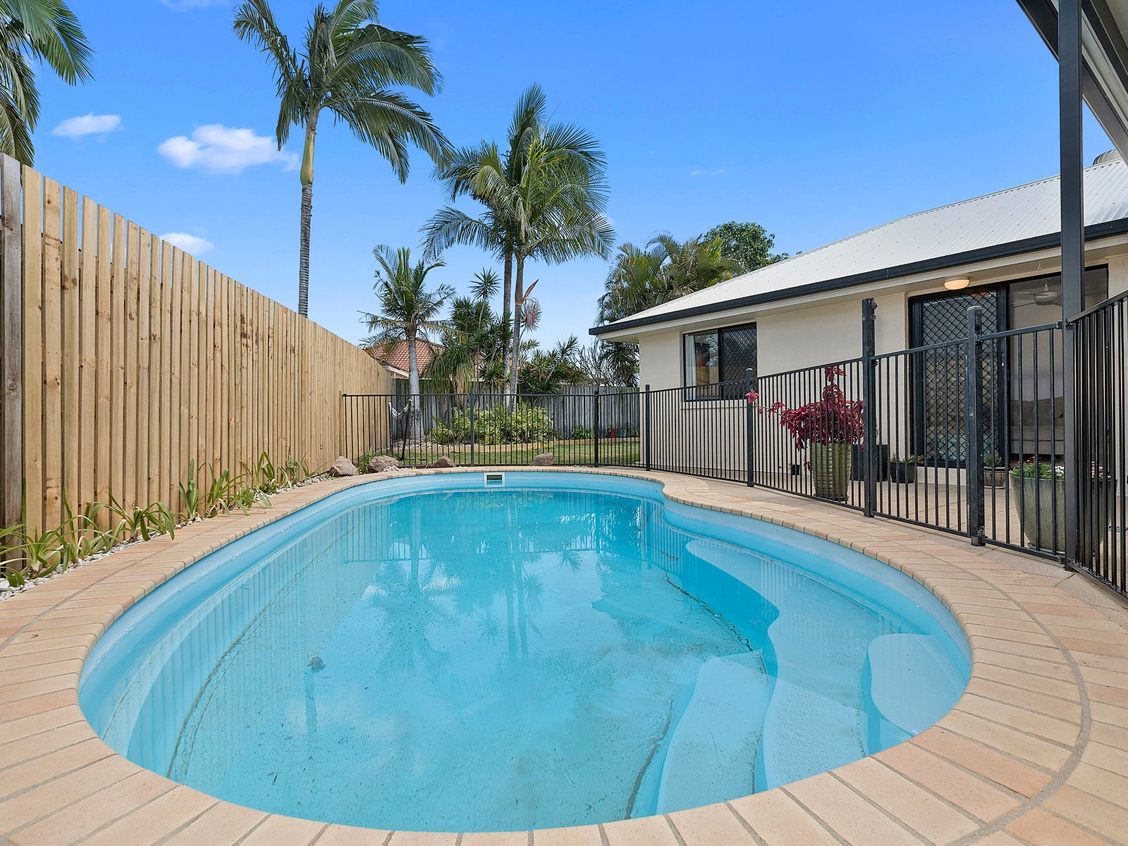 5 Windermere Way, Sippy Downs, QLD 4556