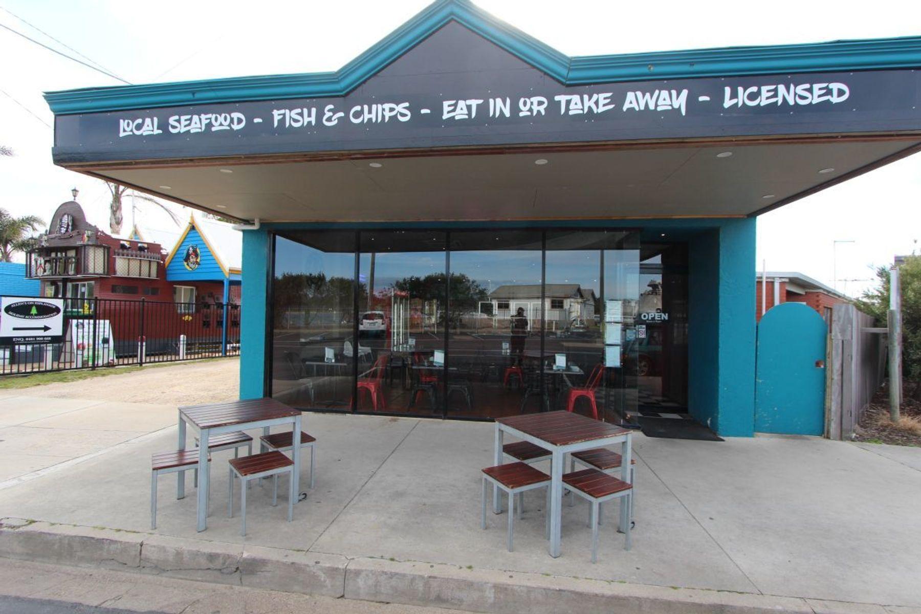 477 Esplanade, Lakes Entrance, VIC 3909