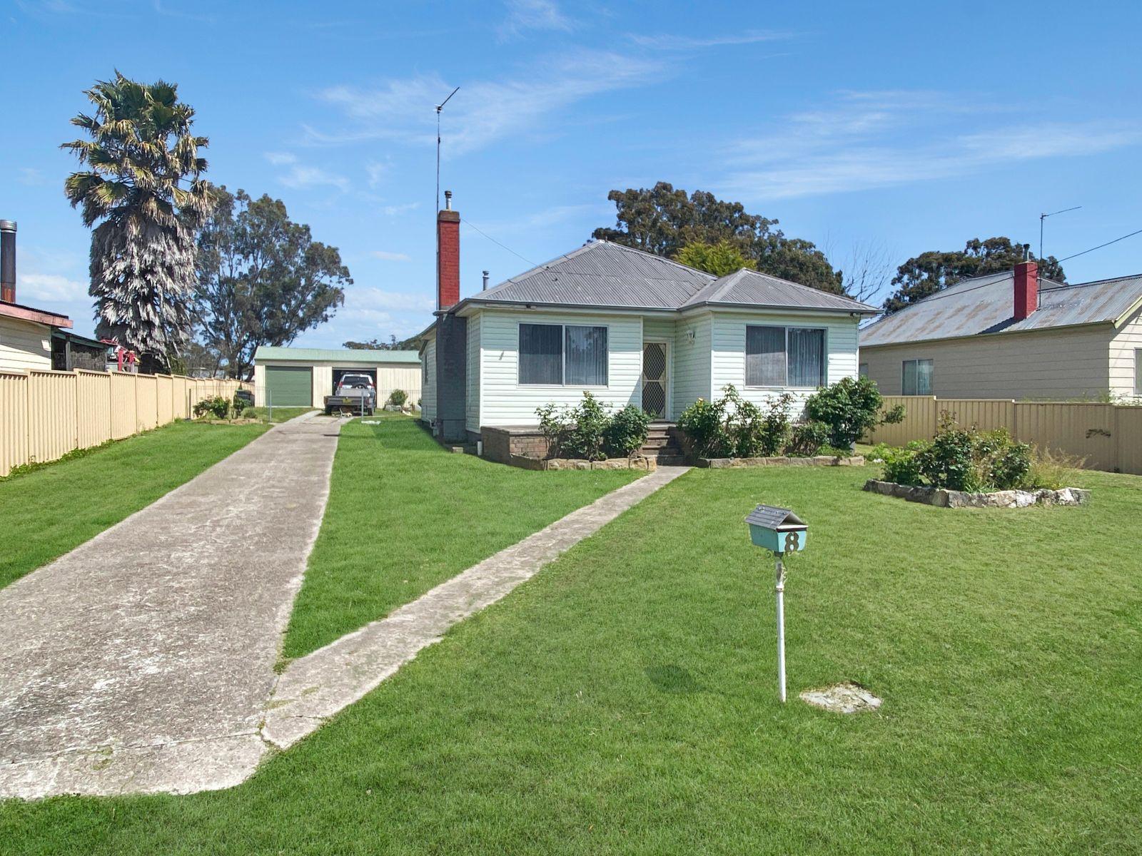 8 Austin Street, Marulan, NSW 2579
