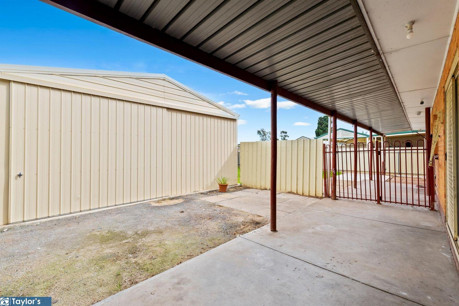 61 Northcote Drive, Para Hills West, SA 5096
