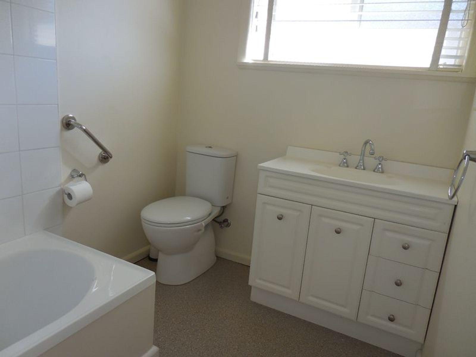mooney real estate rental application