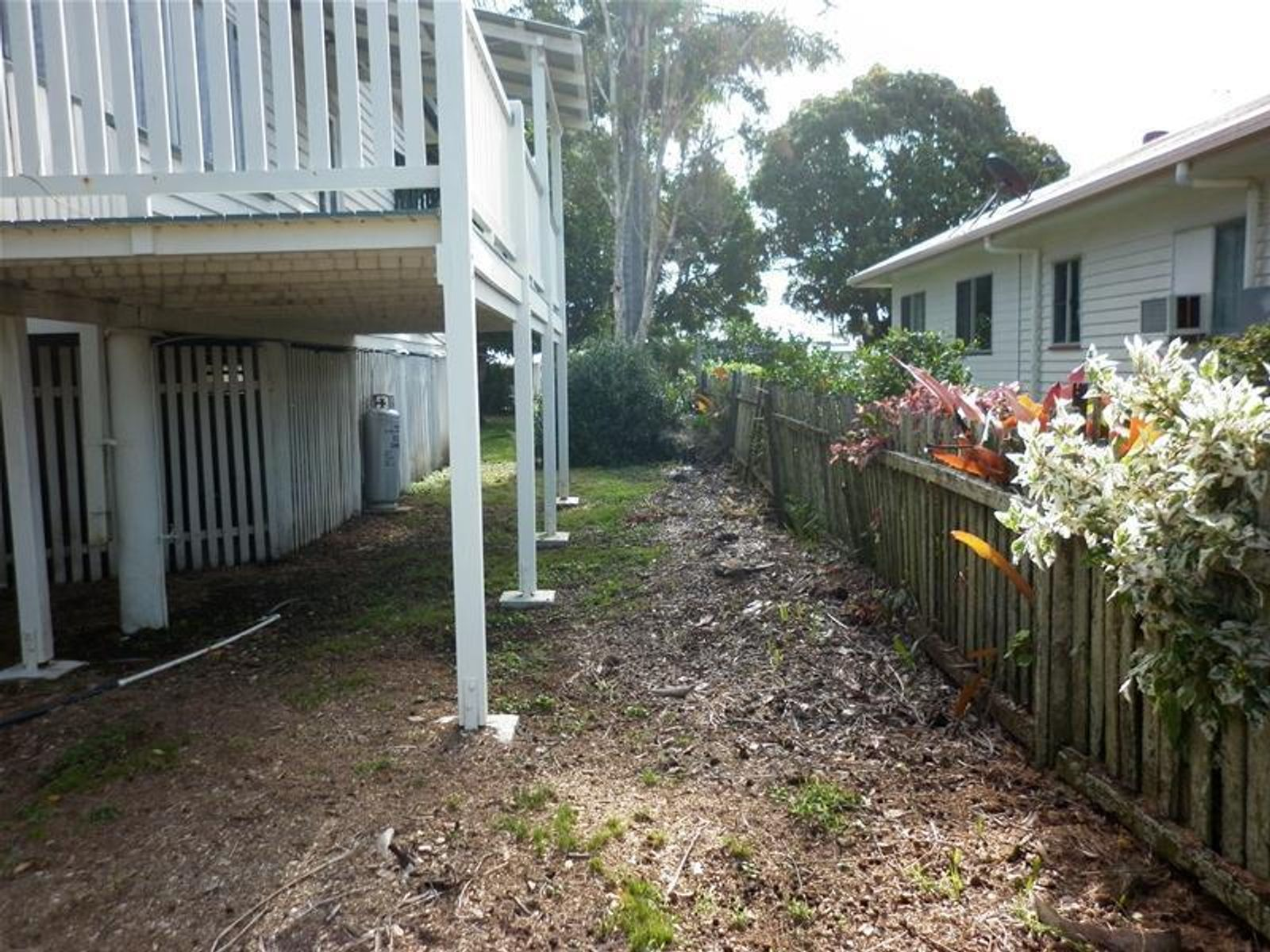 5 Hick Street, Burnett Heads, QLD 4670