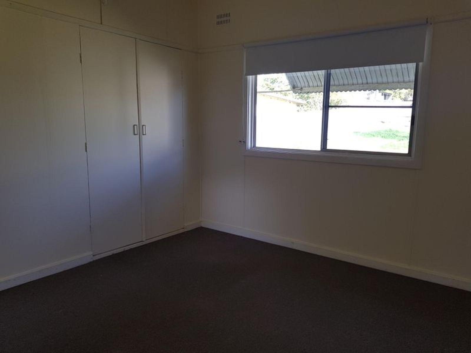 20 Golf Avenue, Taree, NSW 2430