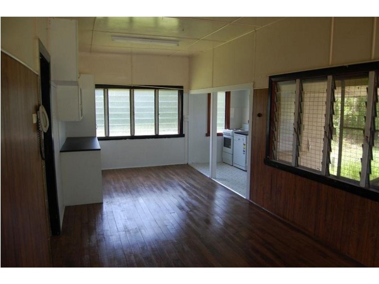 17 Tulip Street, Goondi Hill, QLD 4860