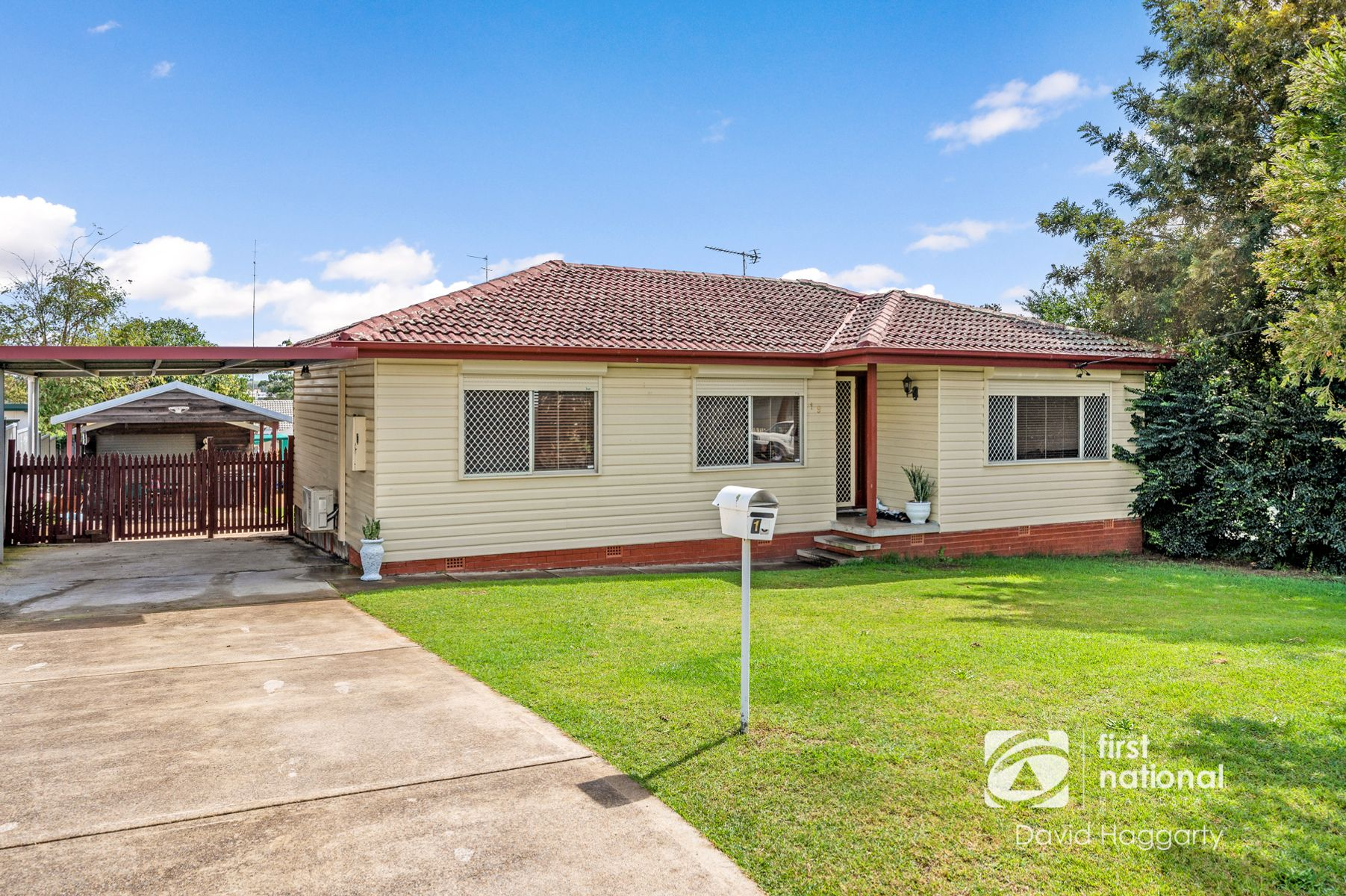 19 Buffier Crescent, Rutherford, NSW 2320