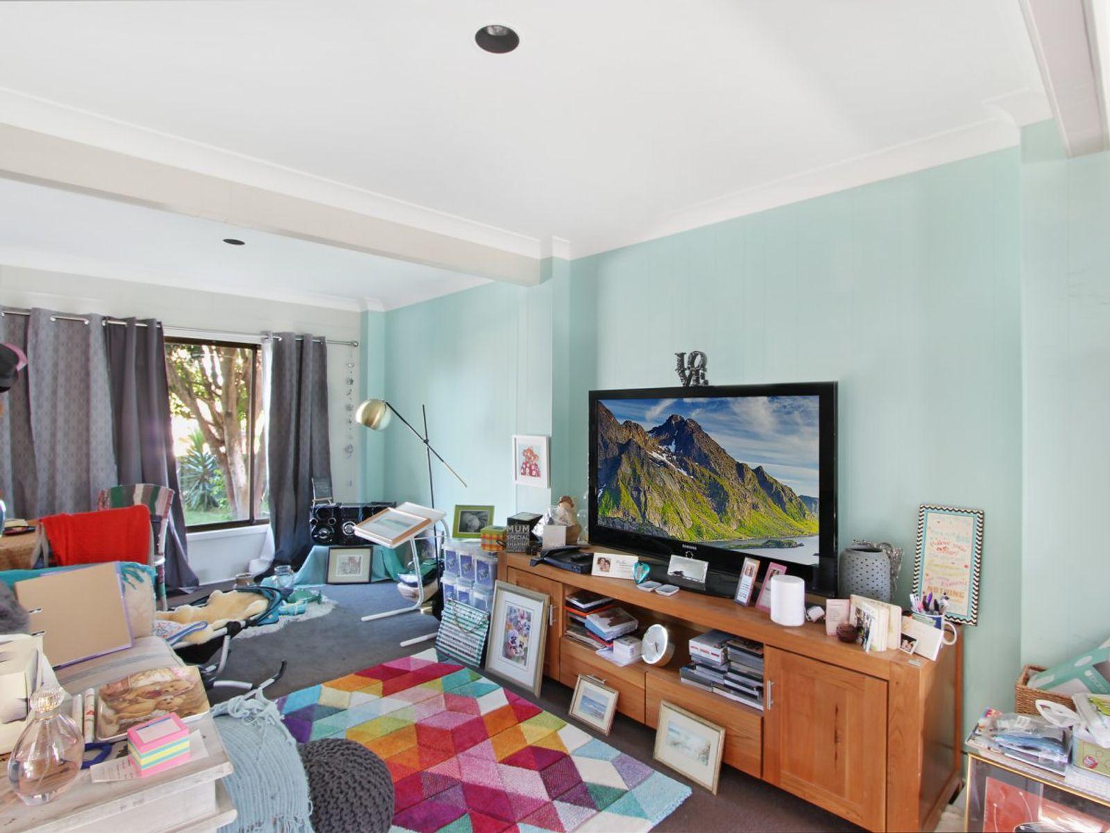 78 Delia Avenue, Budgewoi, NSW 2262