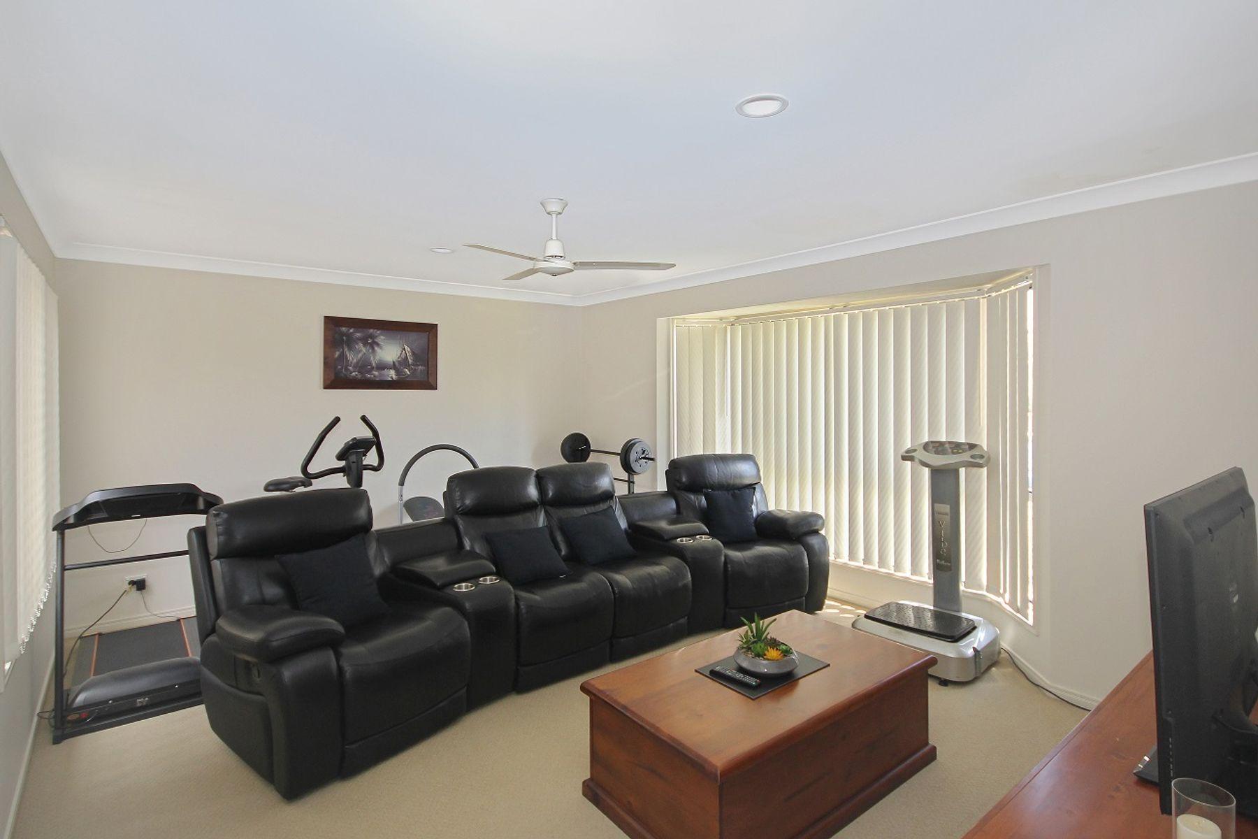 18 Hillview Street, Springfield, QLD 4300