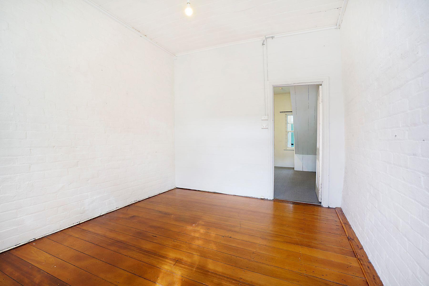 11 Brien Street, The Junction, NSW 2291