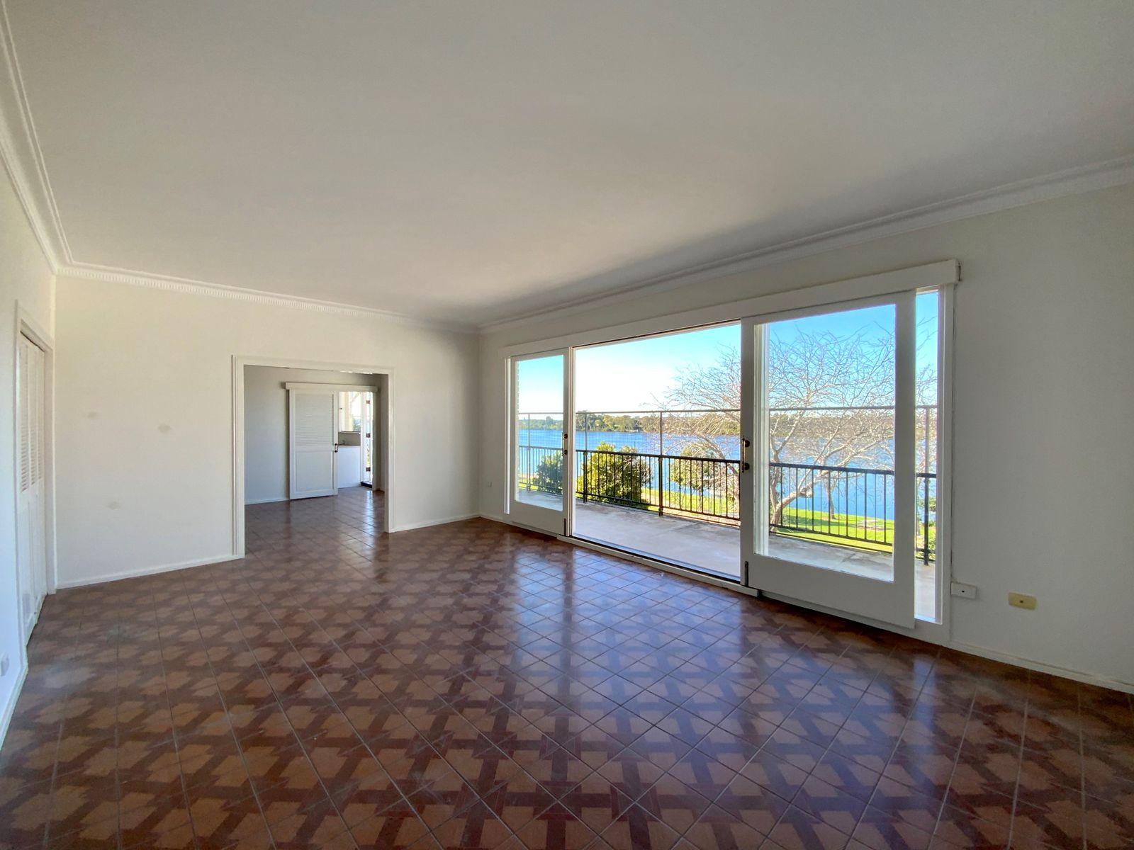 208-212 Victoria Street., Taree, NSW 2430