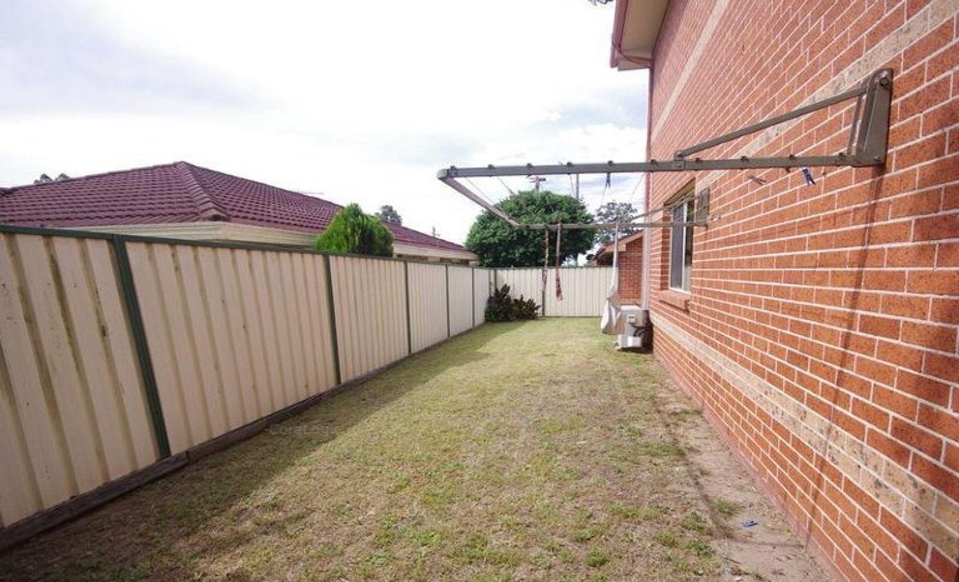2/7 Ham Street, South Windsor, NSW 2756