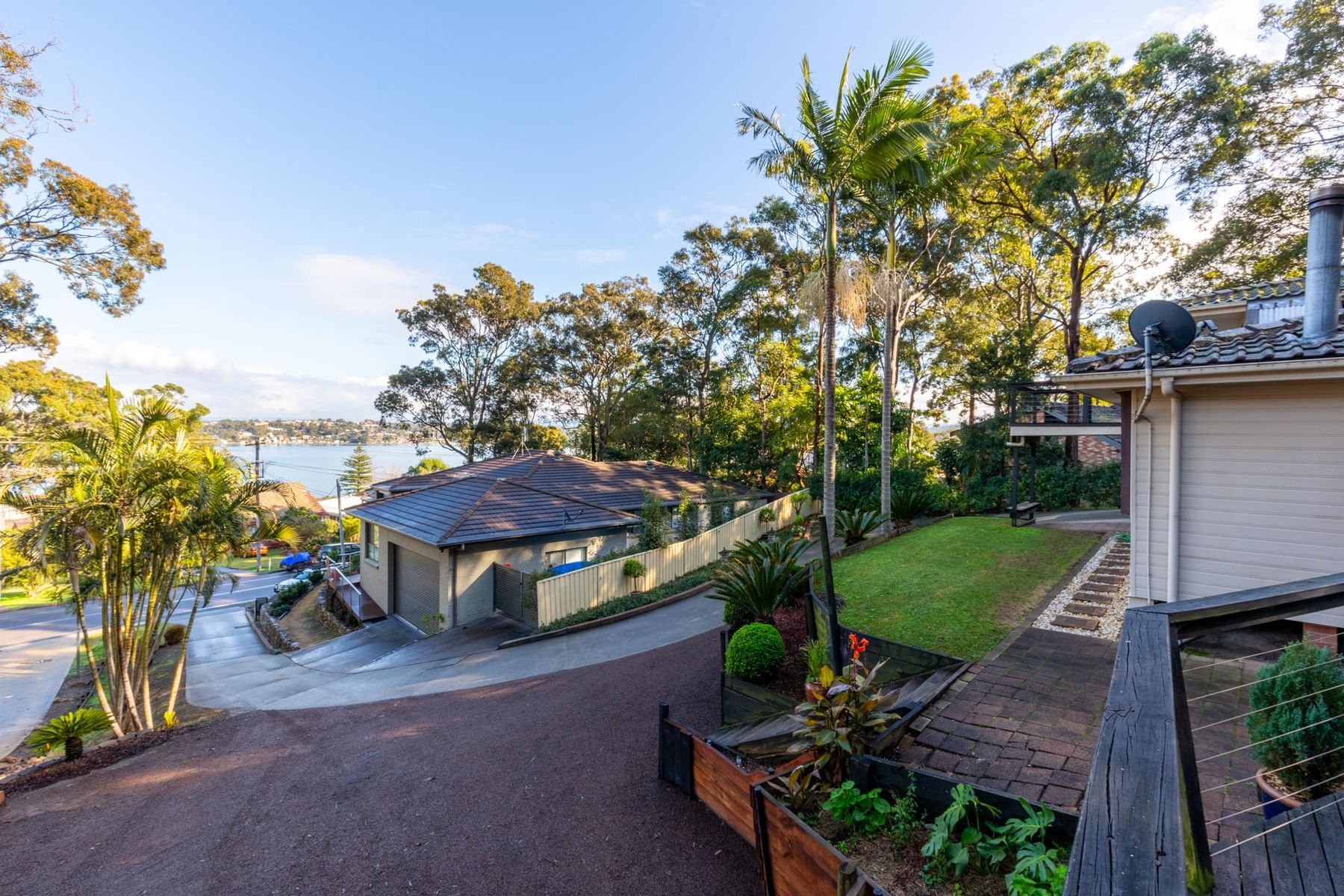 210 Coal Point Road, Coal Point, NSW 2283