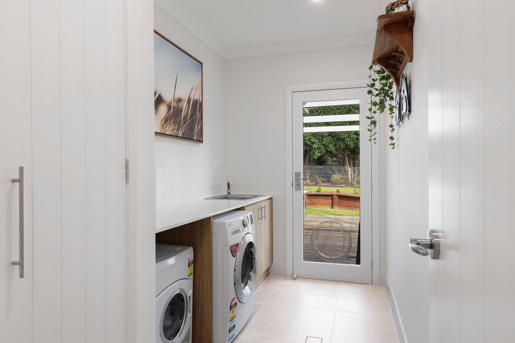 30 Guthawah Way, Renwick, NSW 2575