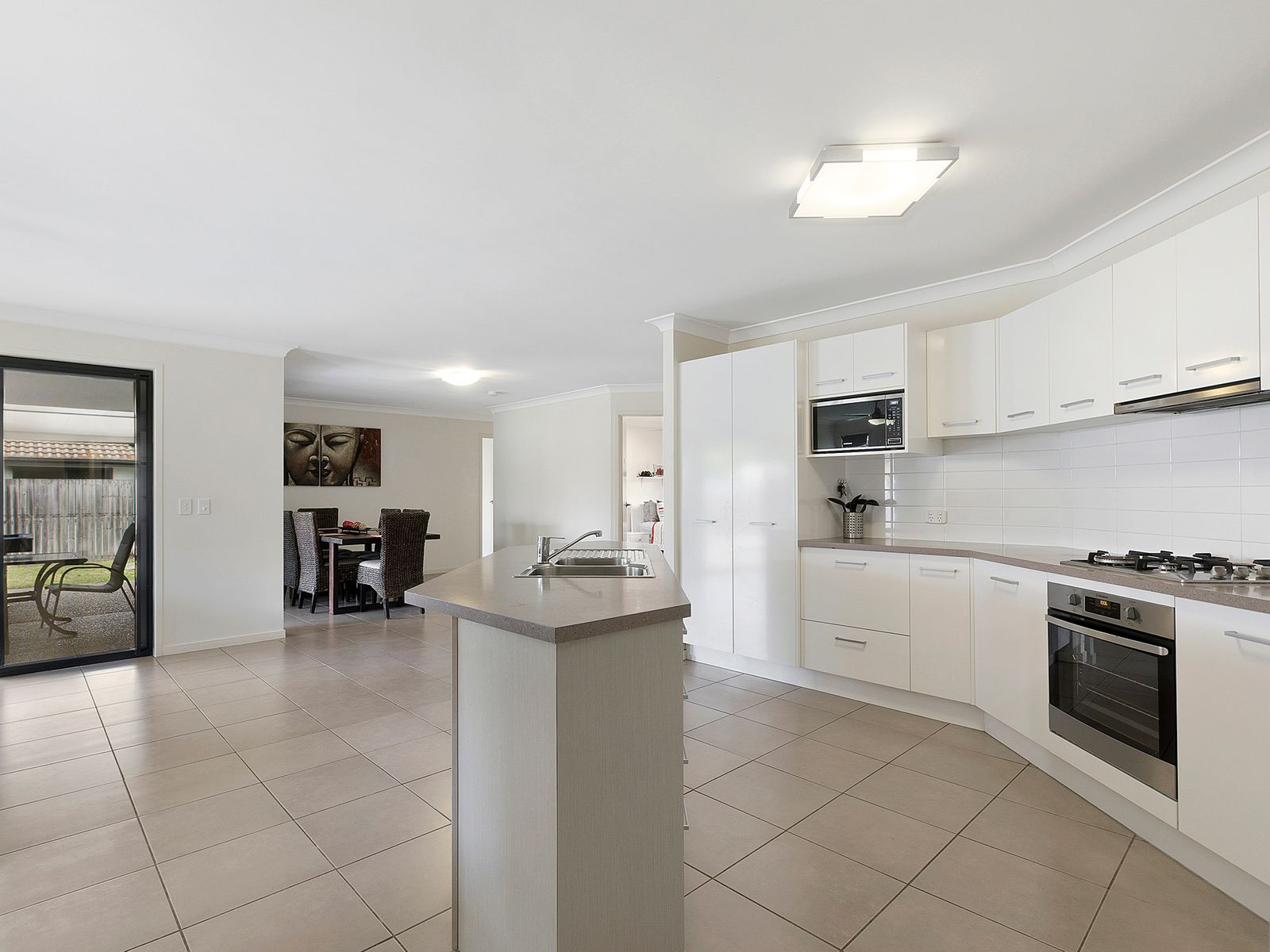 5 Gum Blossom Court, Sippy Downs, QLD 4556