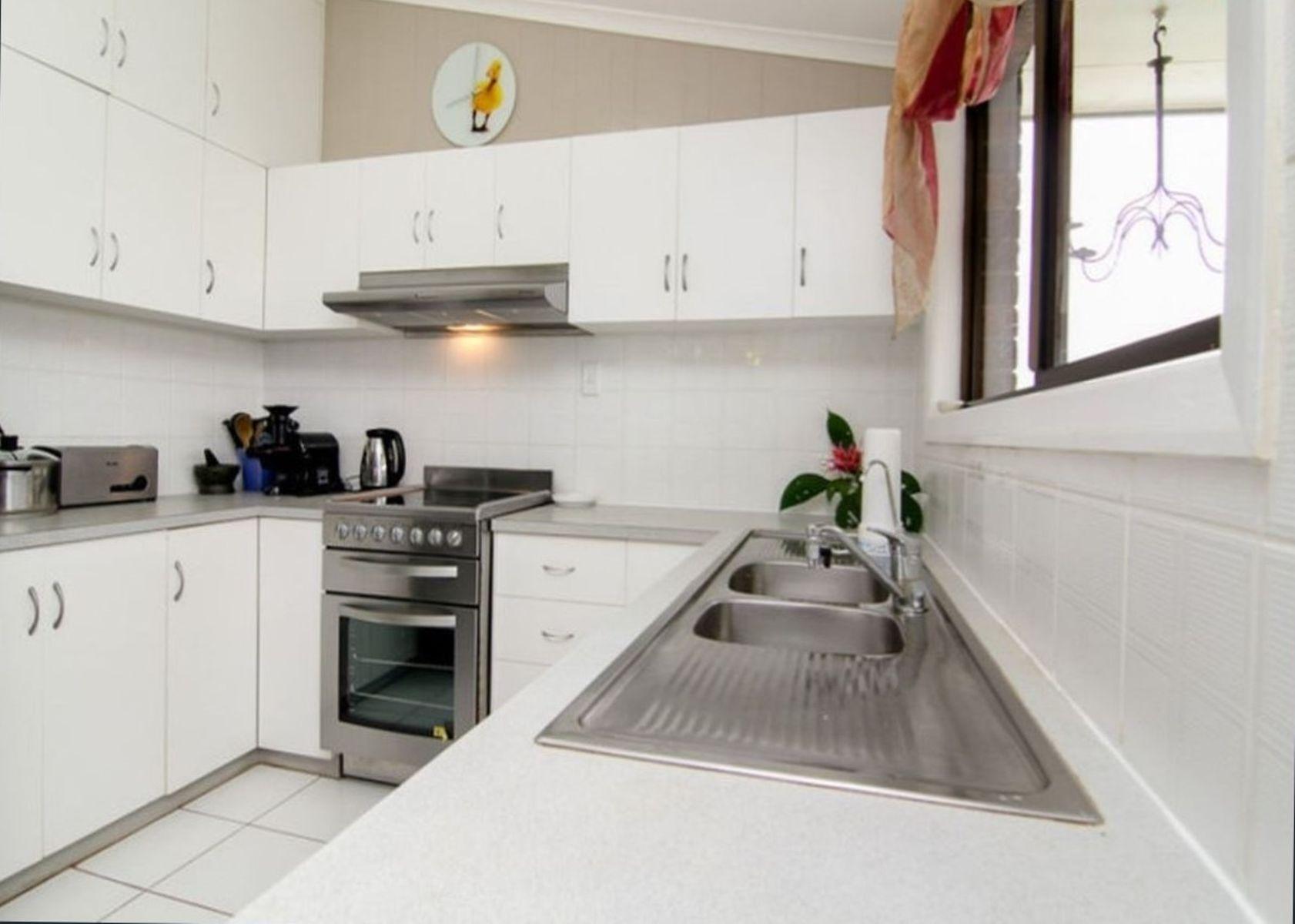 8-10 Bunda Street, East Innisfail, QLD 4860