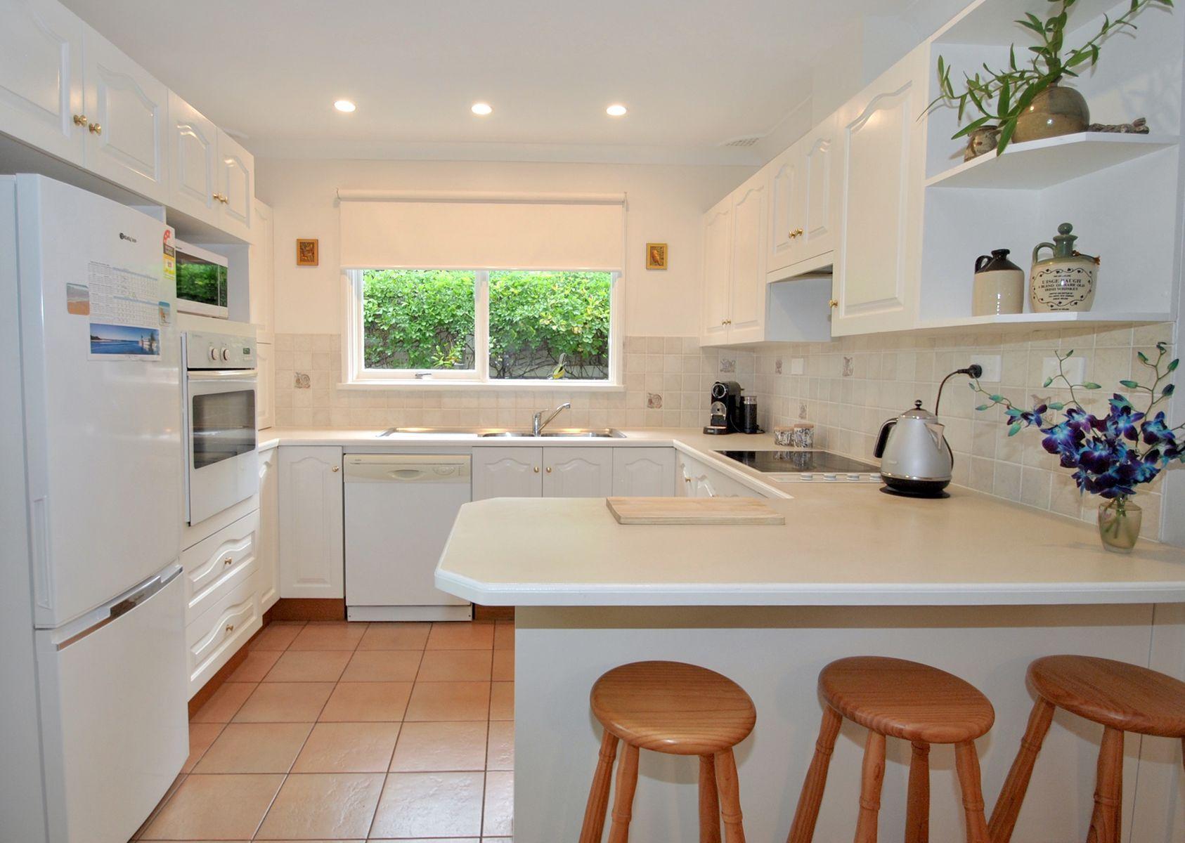 98 Watts Road, Callala Beach, NSW 2540