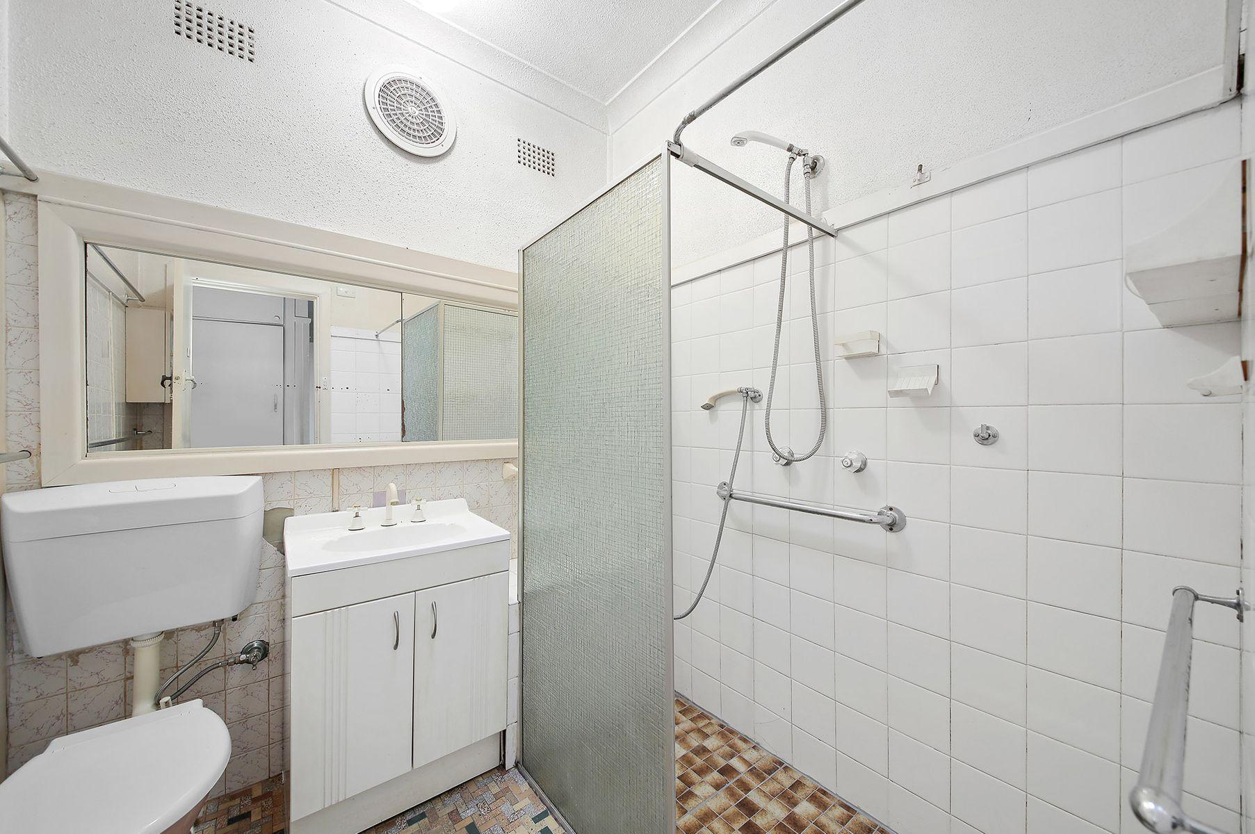 14 Sandakan Road, Revesby Heights, NSW 2212