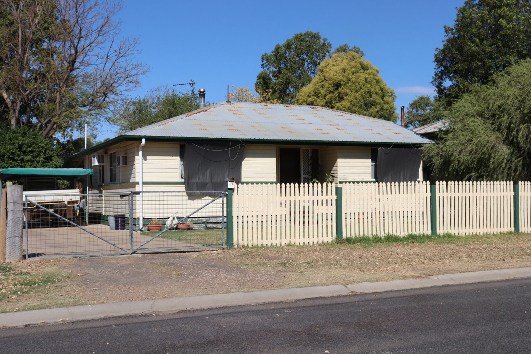 14 Chalmers Street, Goondiwindi, QLD 4390