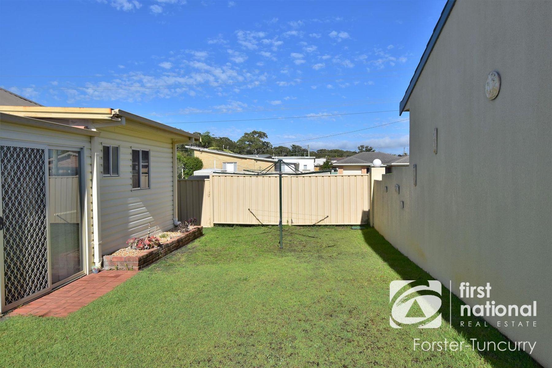 1/27 Wallis Street, Tuncurry, NSW 2428