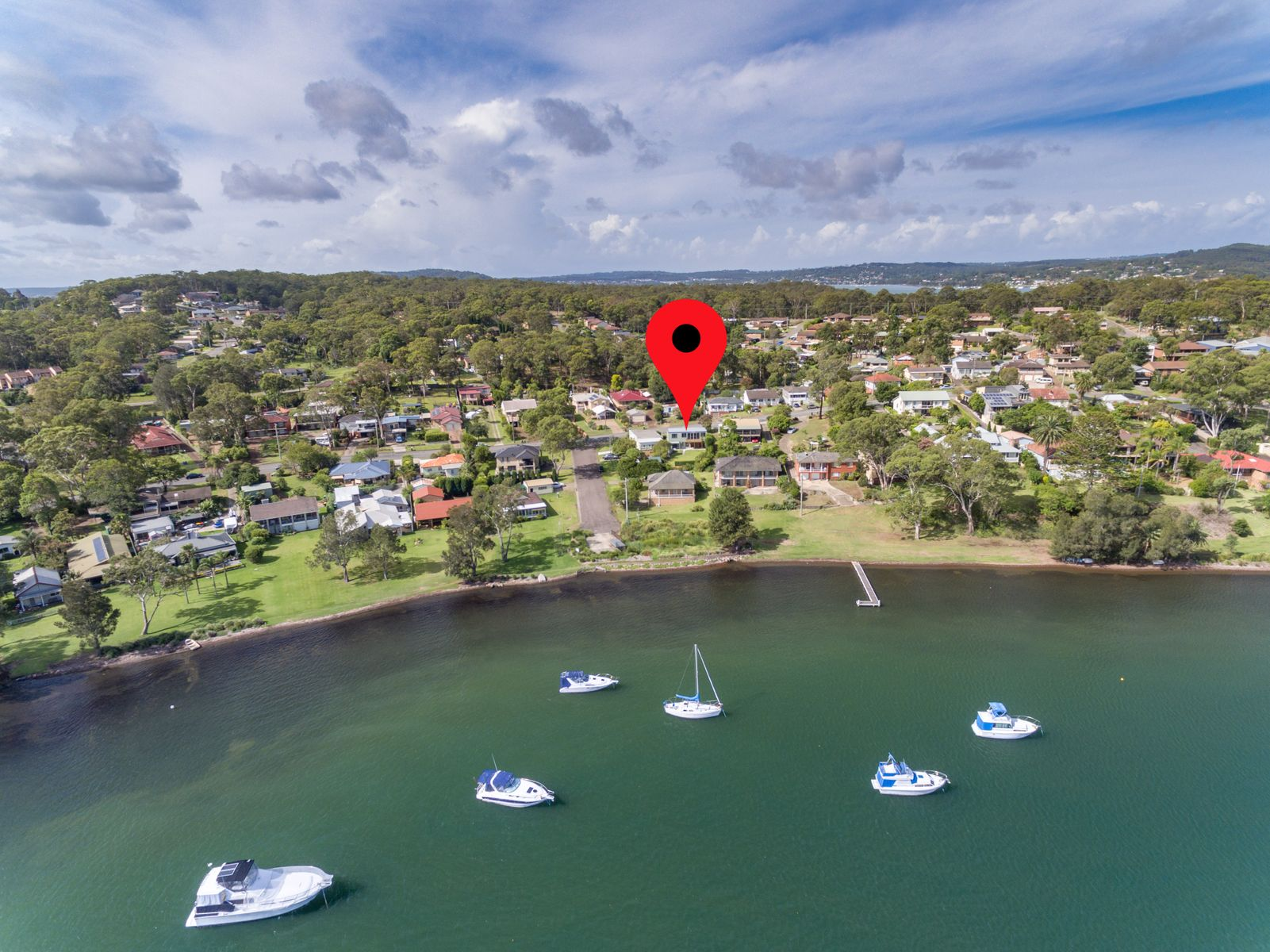 83 Bay Road, Bolton Point, NSW 2283