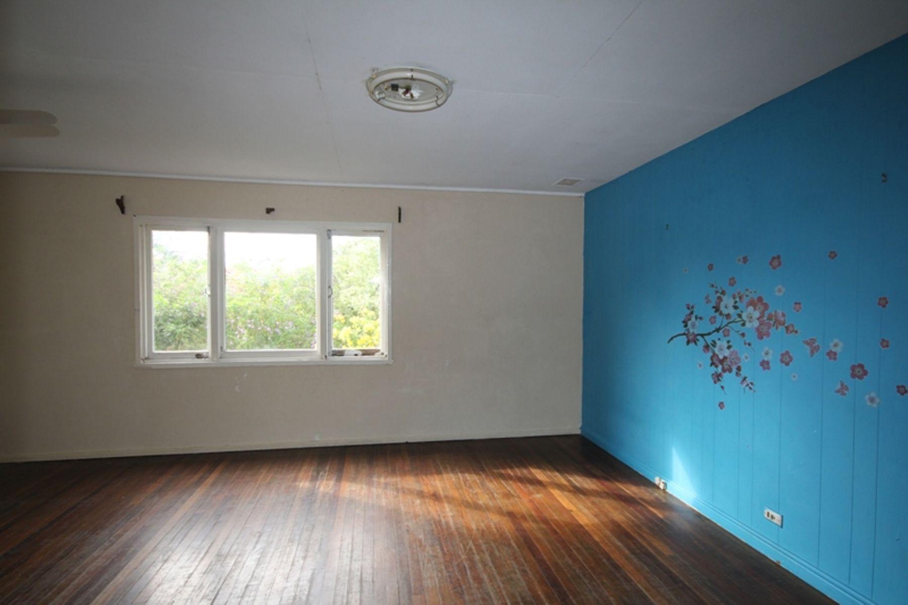 8 Linda Street, Goodna, QLD 4300