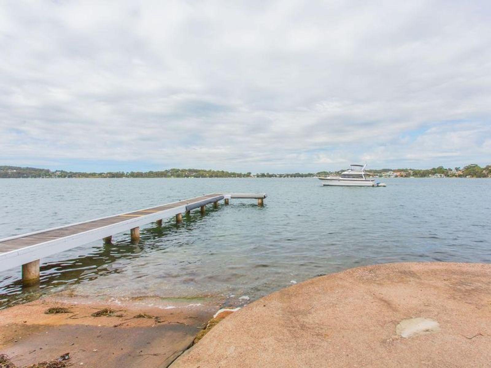 1/46 Sealand Road, Fishing Point, NSW 2283