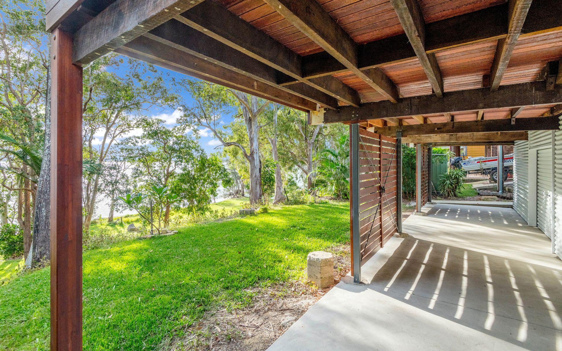 135 Lakes Boulevard, Wooloweyah, NSW 2464