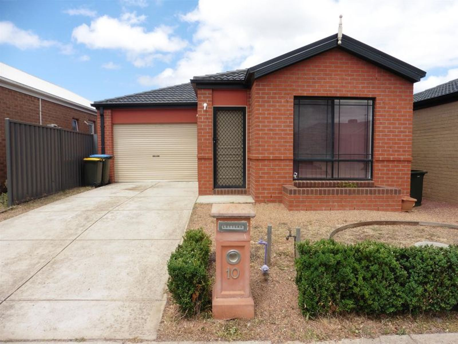 10 Cogley Street, Manor Lakes, VIC 3024