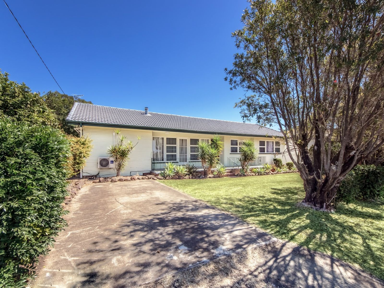 181 Raceview Street, Raceview, QLD 4305