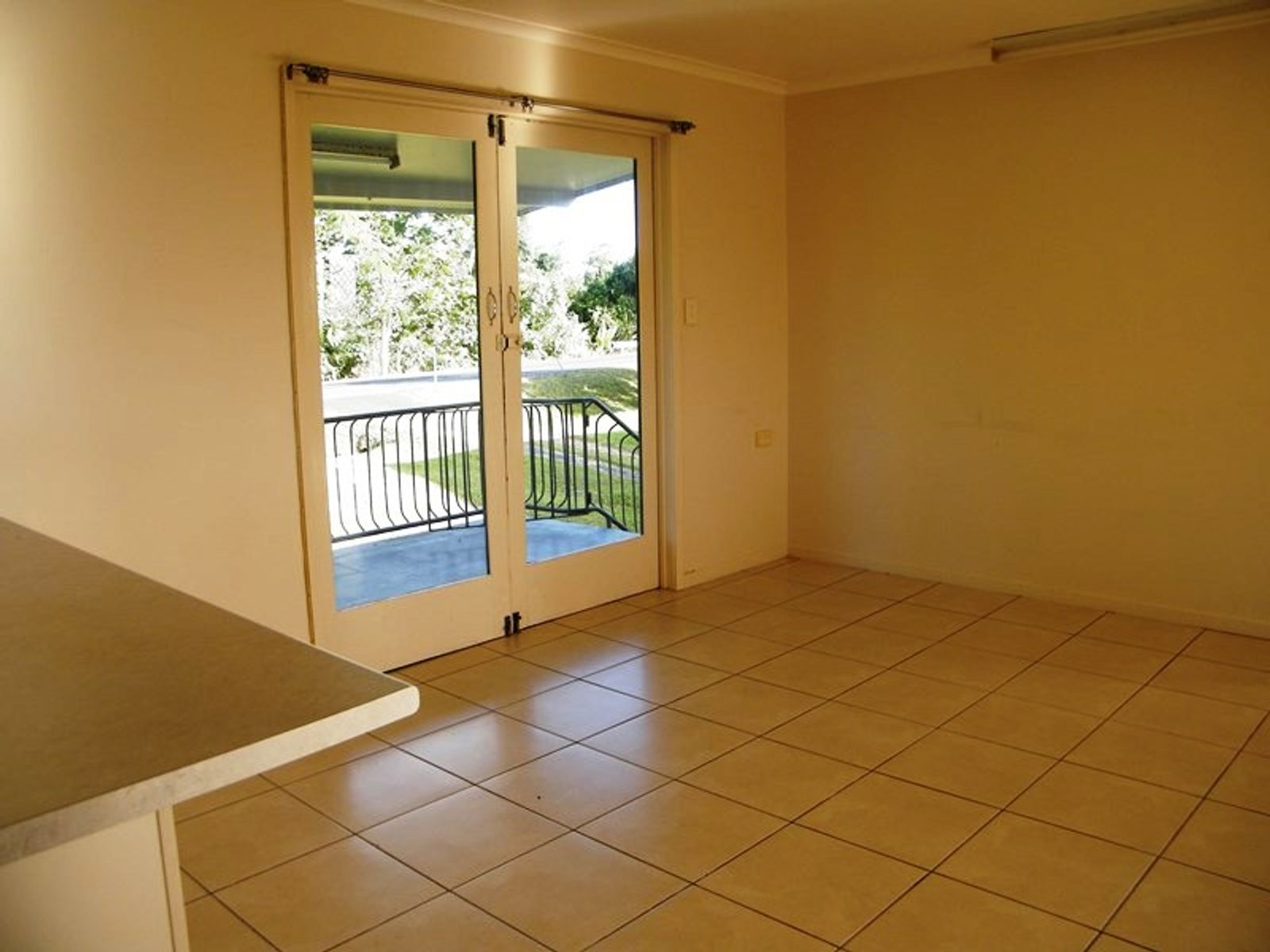 1 and 2/94 River Avenue, Mighell, QLD 4860