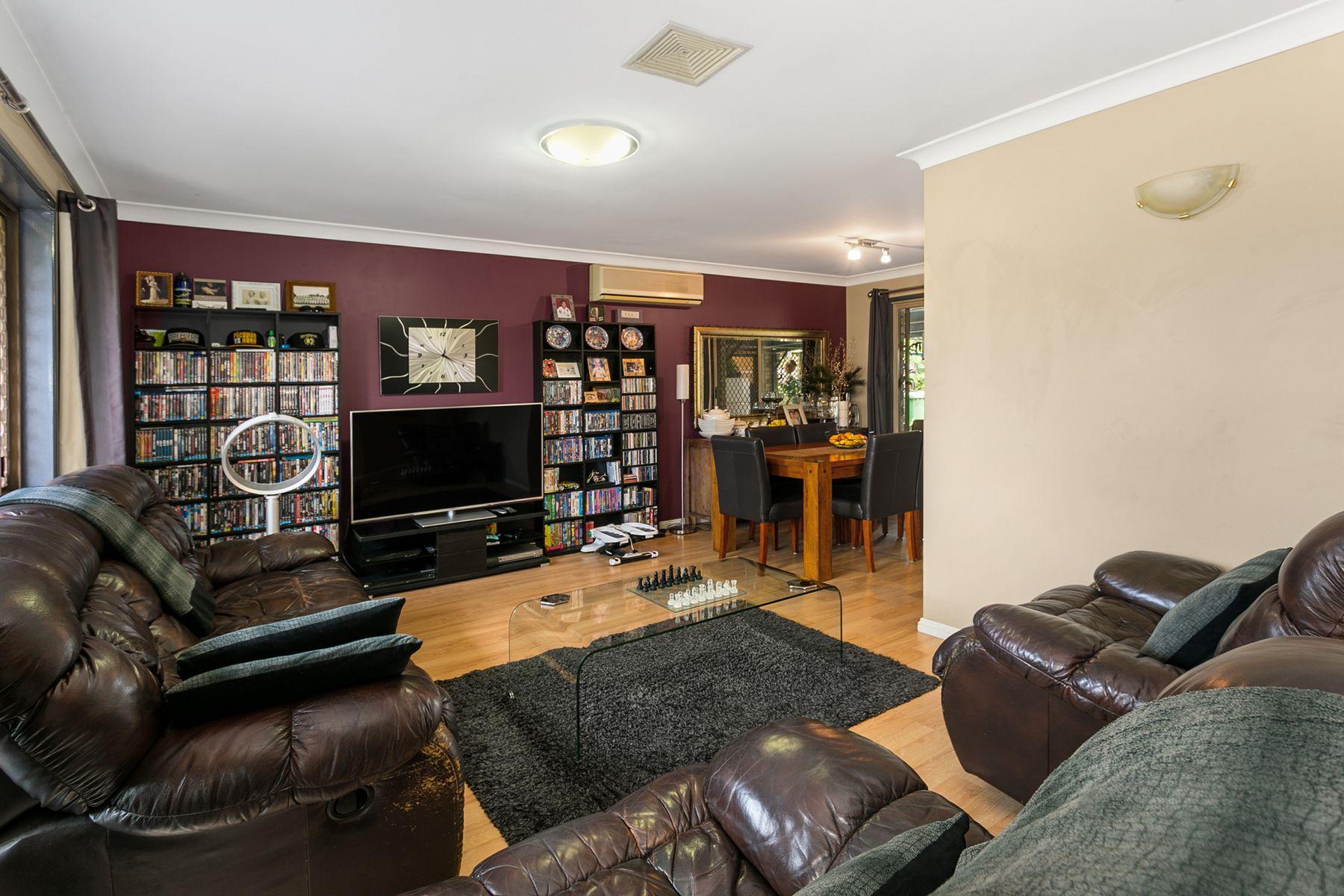 21 Calvin Street, Walloon, QLD 4306