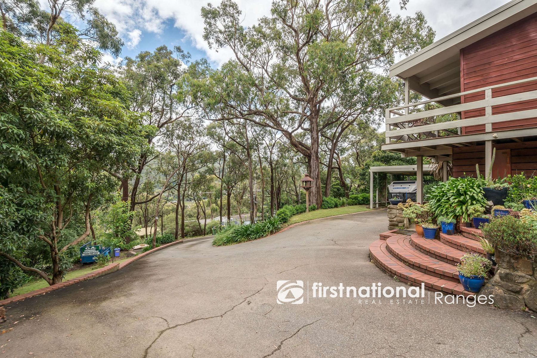 8 Highcliff Road, Upwey, VIC 3158