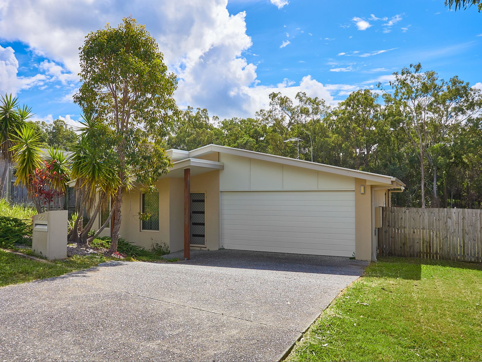 22 Hanover Drive, Pimpama, QLD 4209