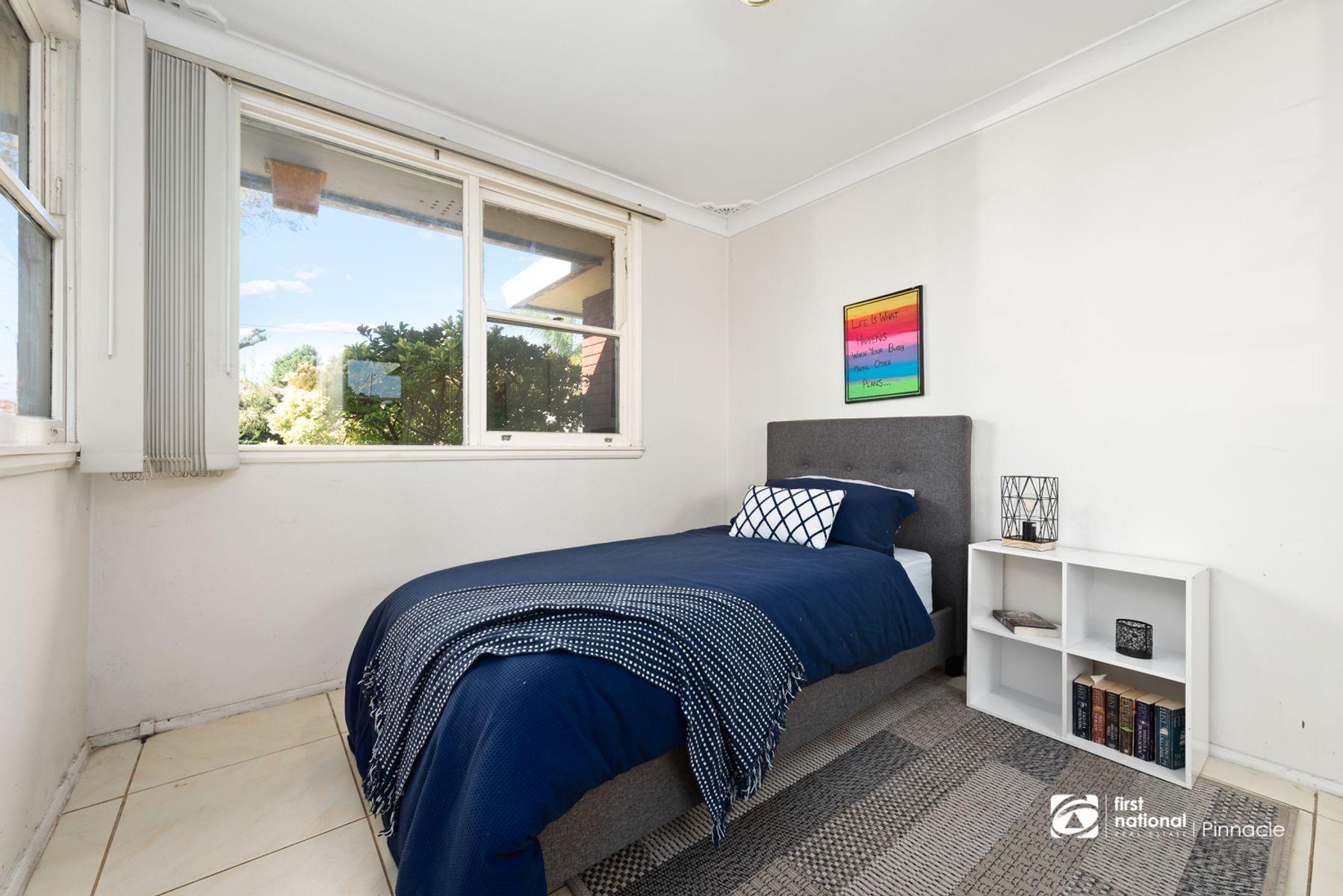 11 Lindesay Street, Leumeah, NSW 2560