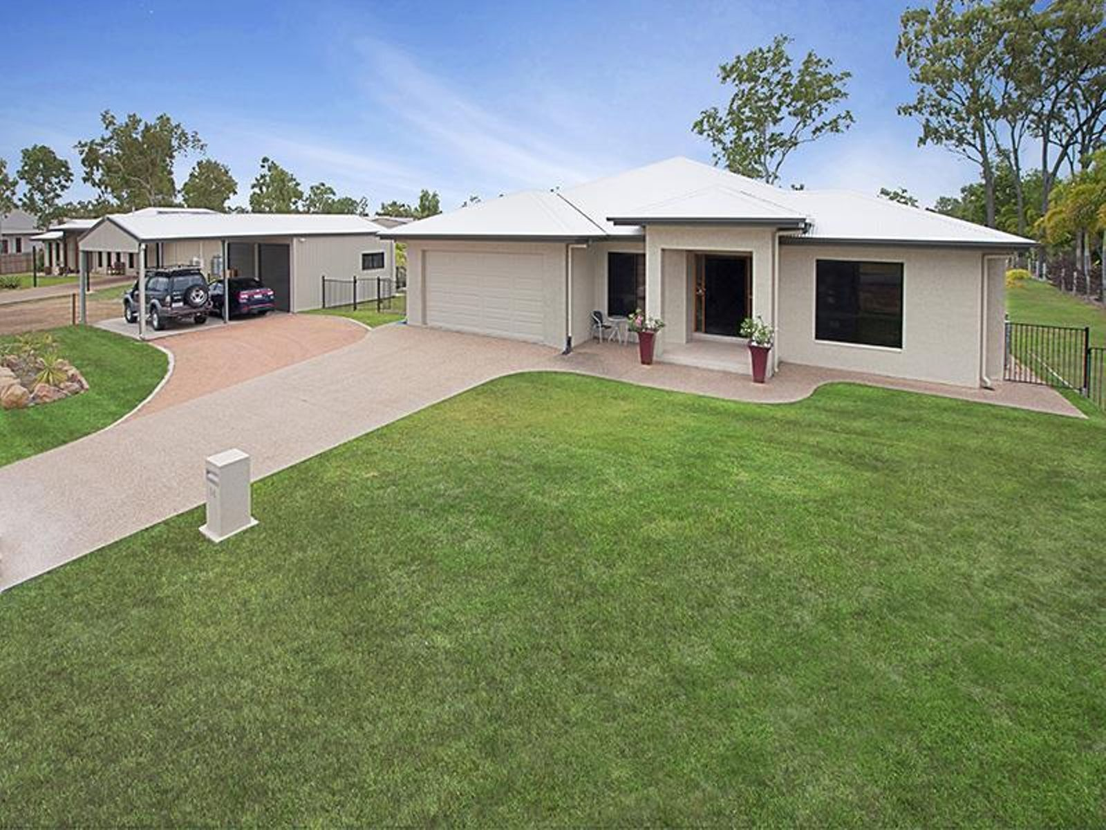 14 Cowboy Court, Kelso, QLD 4815