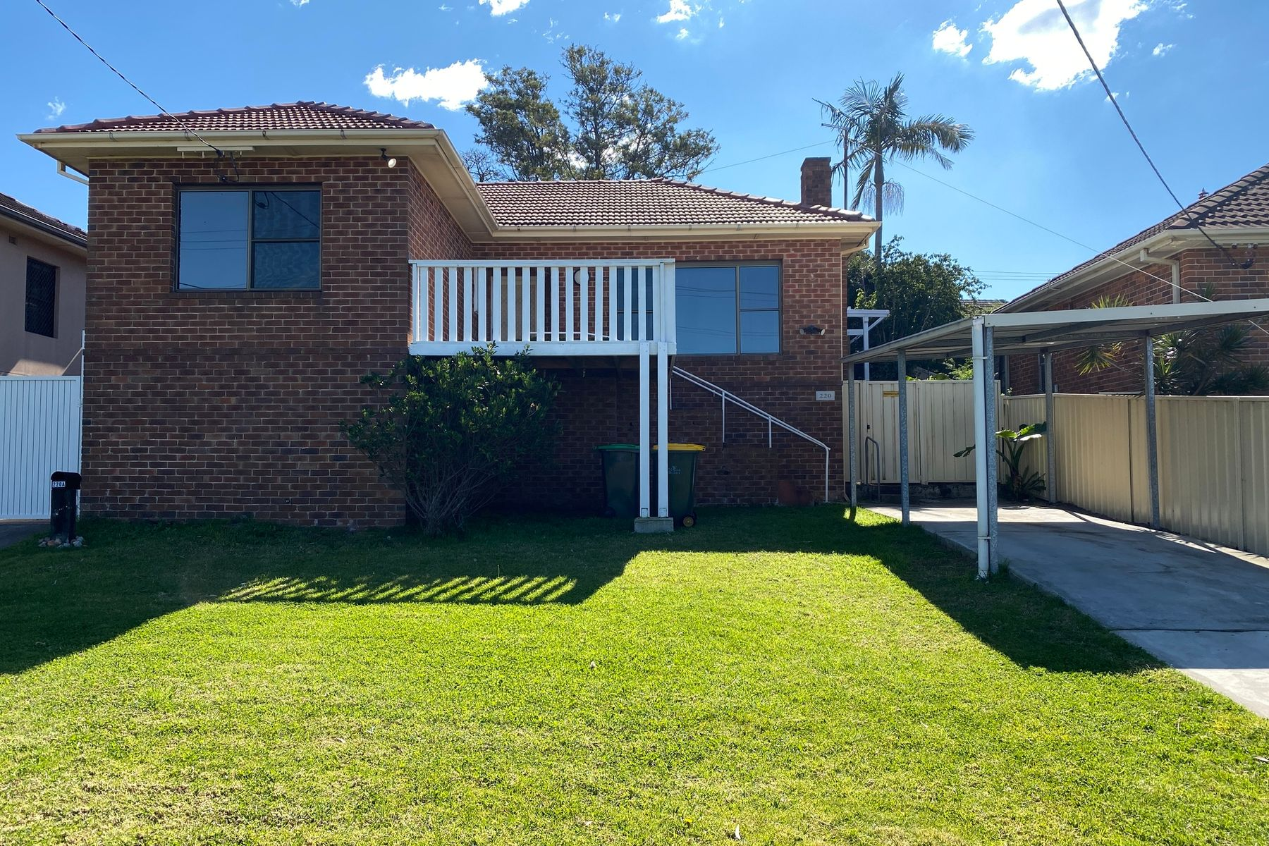 220 Northcliffe Drive, Warrawong, NSW 2502