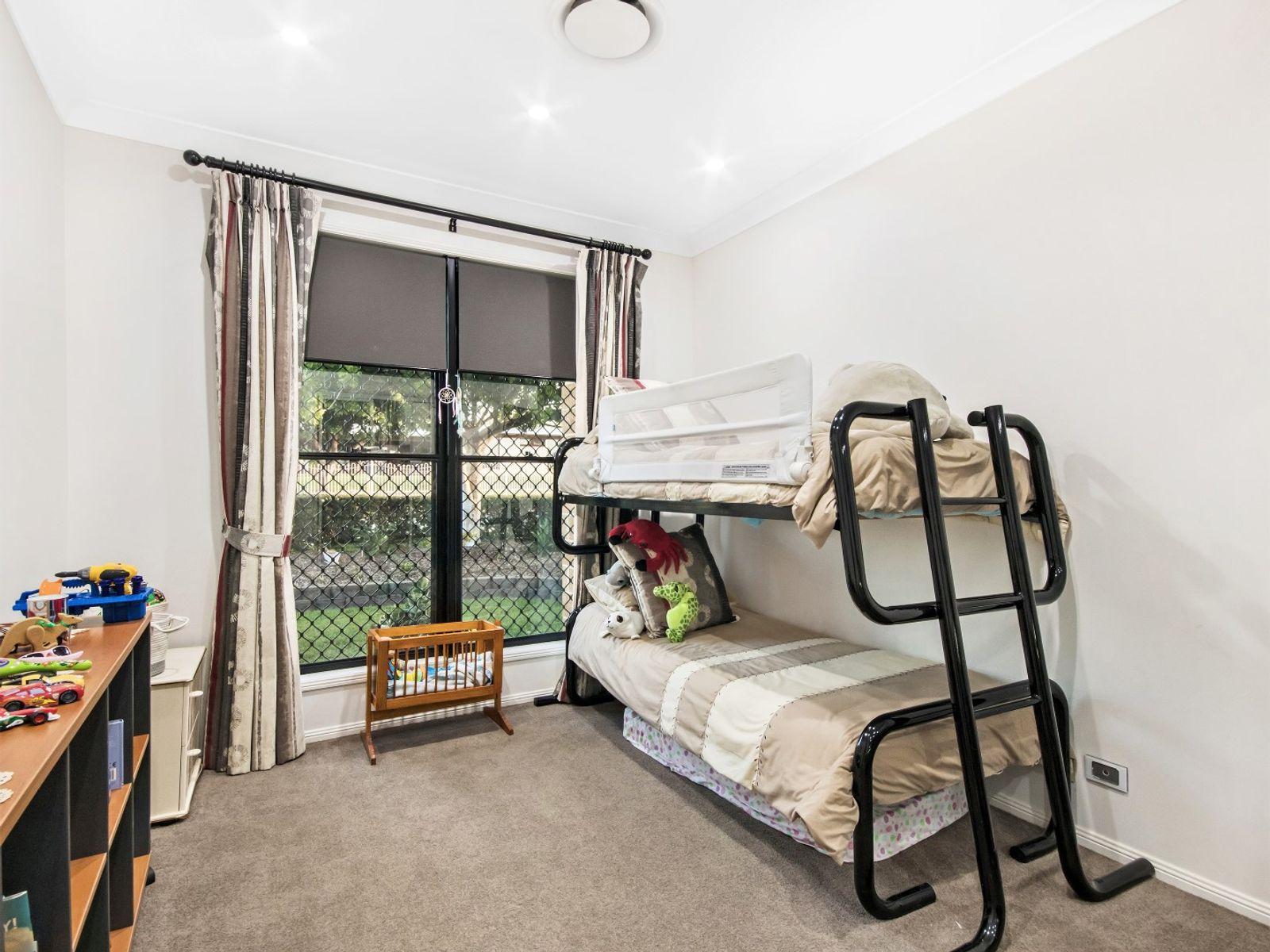 9 Kingston Drive, Flinders View, QLD 4305
