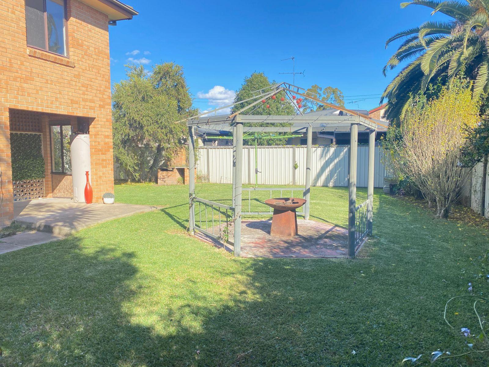 14b Wolseley Rd, McGraths Hill, NSW 2756