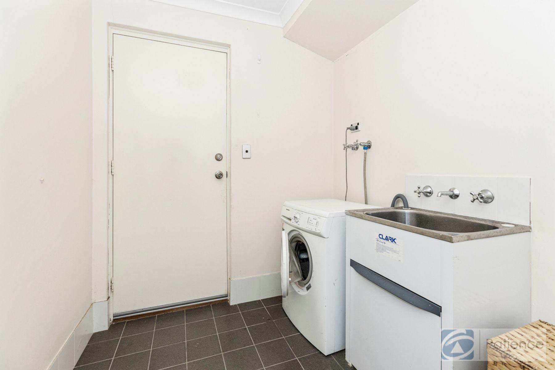 35 Marden Grange, Aveley, WA 6069