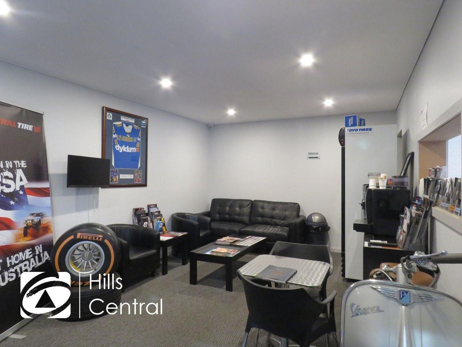 3/8 Anella Avenue, Castle Hill, NSW 2154