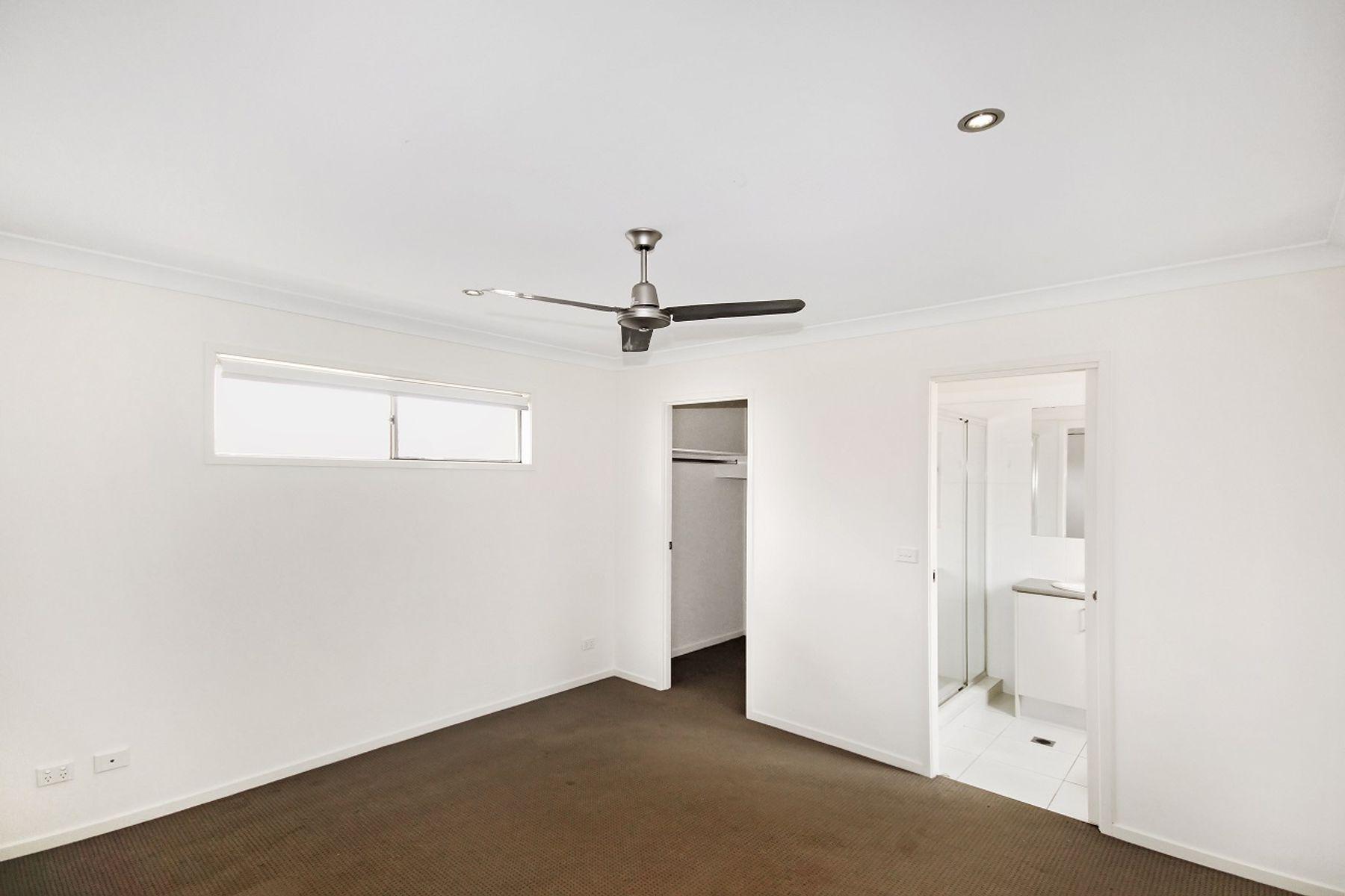 10 Huntley Crescent, Redbank Plains, QLD 4301