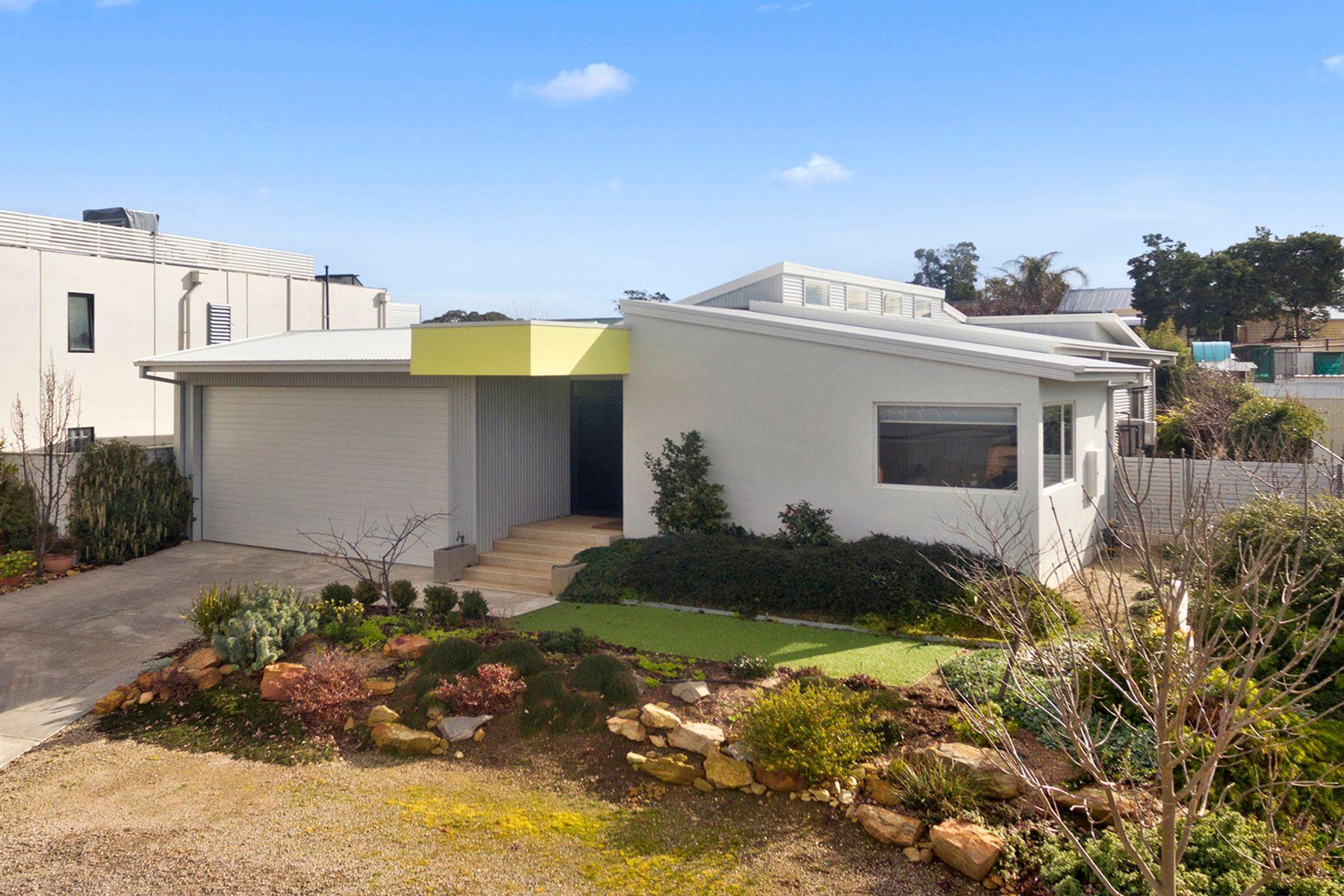 10 Belladonna Rise, Kangaroo Flat, VIC 3555