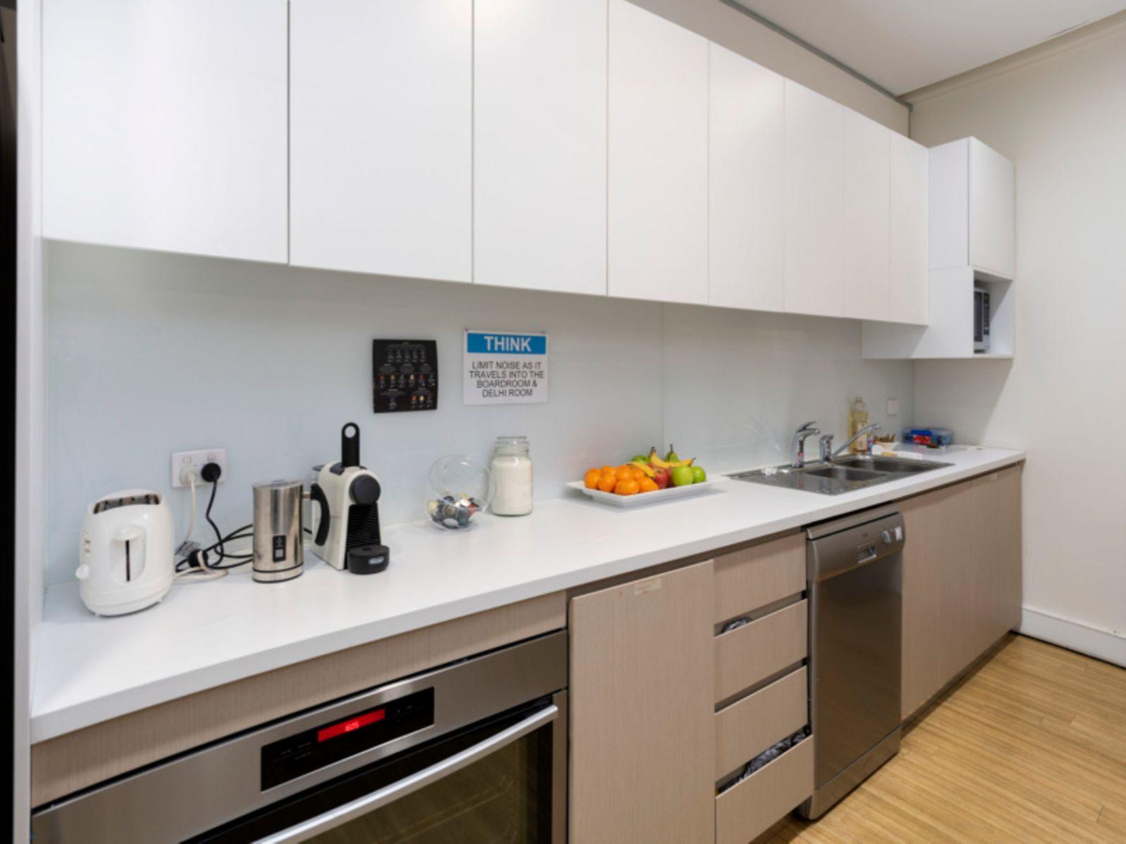 71 QR   Level 10 Kitchen DxO