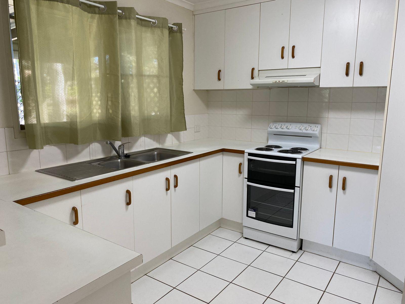 11 Morris Street, Campwin Beach, QLD 4737