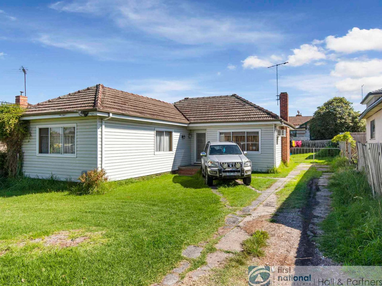18 Fifth Avenue, Dandenong, VIC 3175