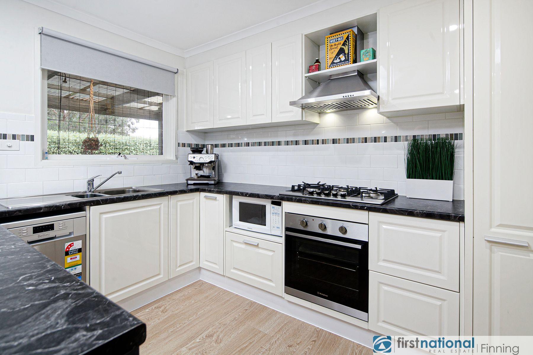 29 Courtenay Avenue, Cranbourne North, VIC 3977